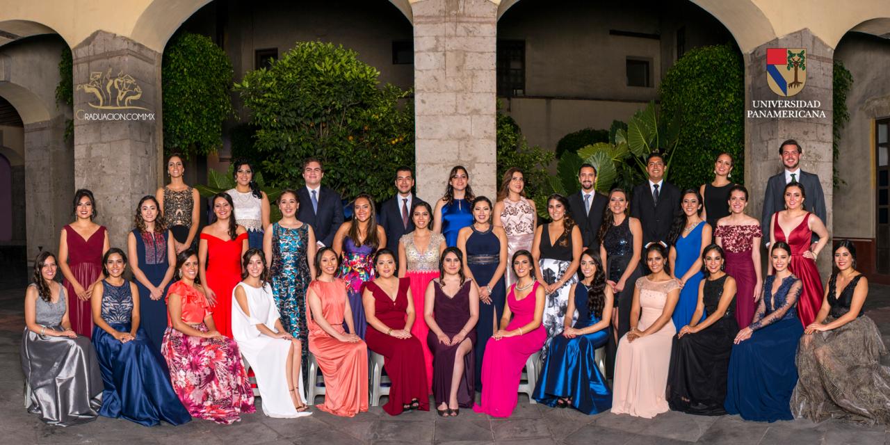 Graduaciones UP Pedagogía ex Convento de Regina Coeli San Jerónimo TT #PedagogosUP season 2017 mid